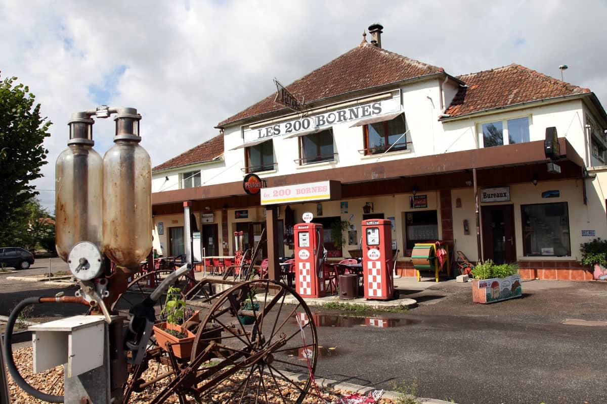 Nationale 7, Relais des 200 Bornes, Pouilly-sur-Loire