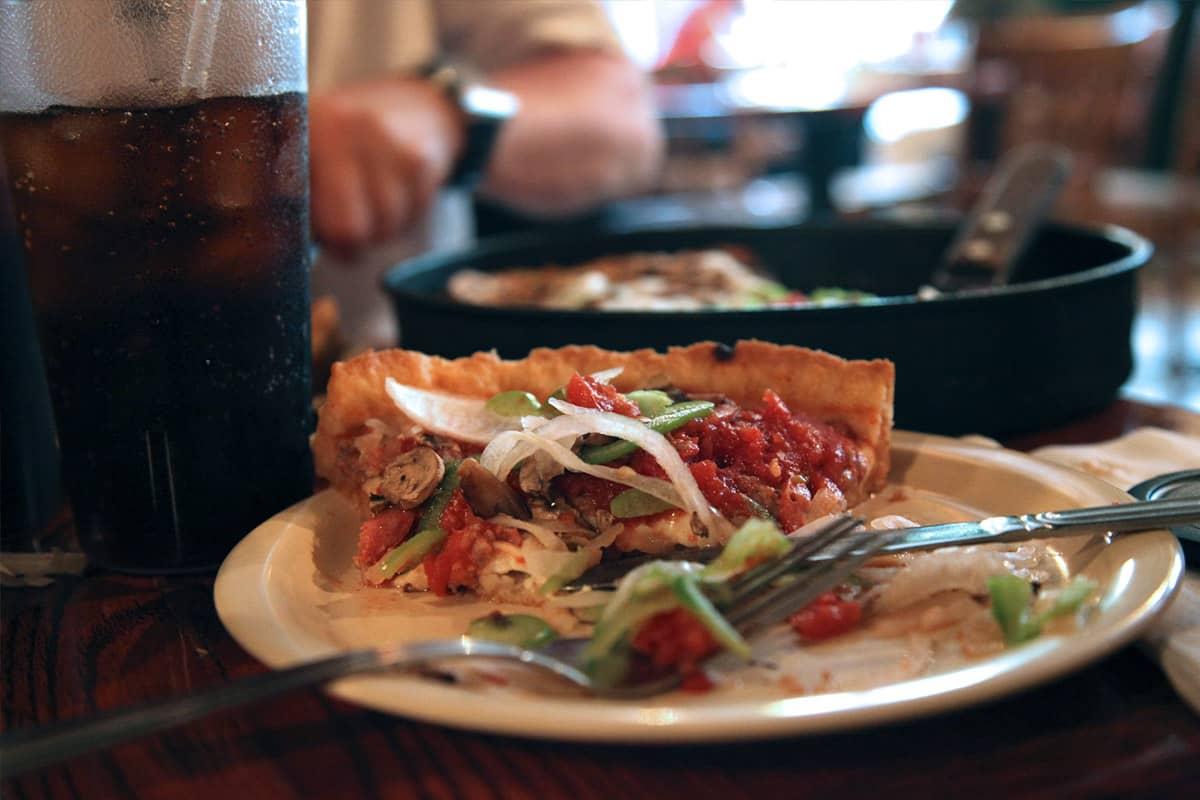 La Pizza Chicago-style
